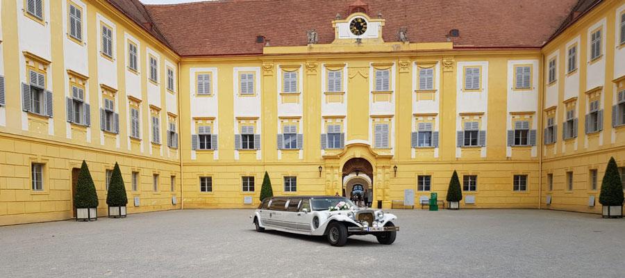 Mit unserer Limousine zur Hochzeit nach Schönbrunn
