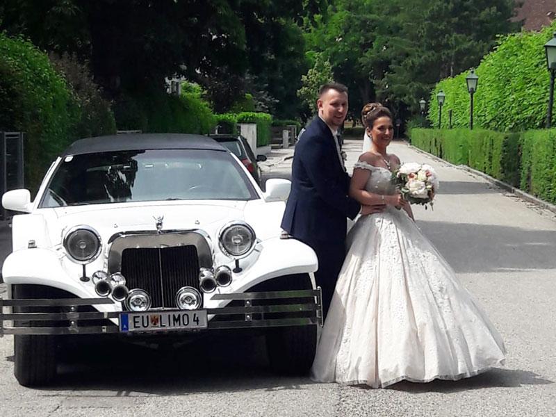 Stilvolles Hochzeitsauto